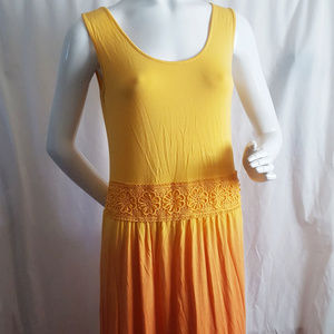 Fraiche Maxi Ombre Orange Embroidered Dress Medium